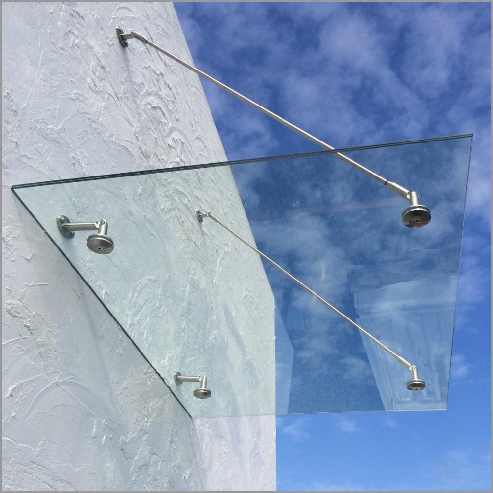 ガラス製のデザインひさし