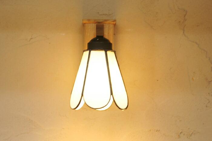 つぼみブラケット : おしゃれな木製壁掛け照明