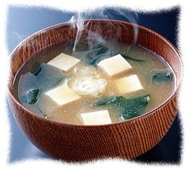 味噌汁に小さじ一杯の米ぬかであなたの美容と健康が保てます。