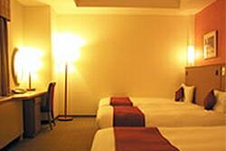 ホテルのエキストラベッド(折り畳み式)