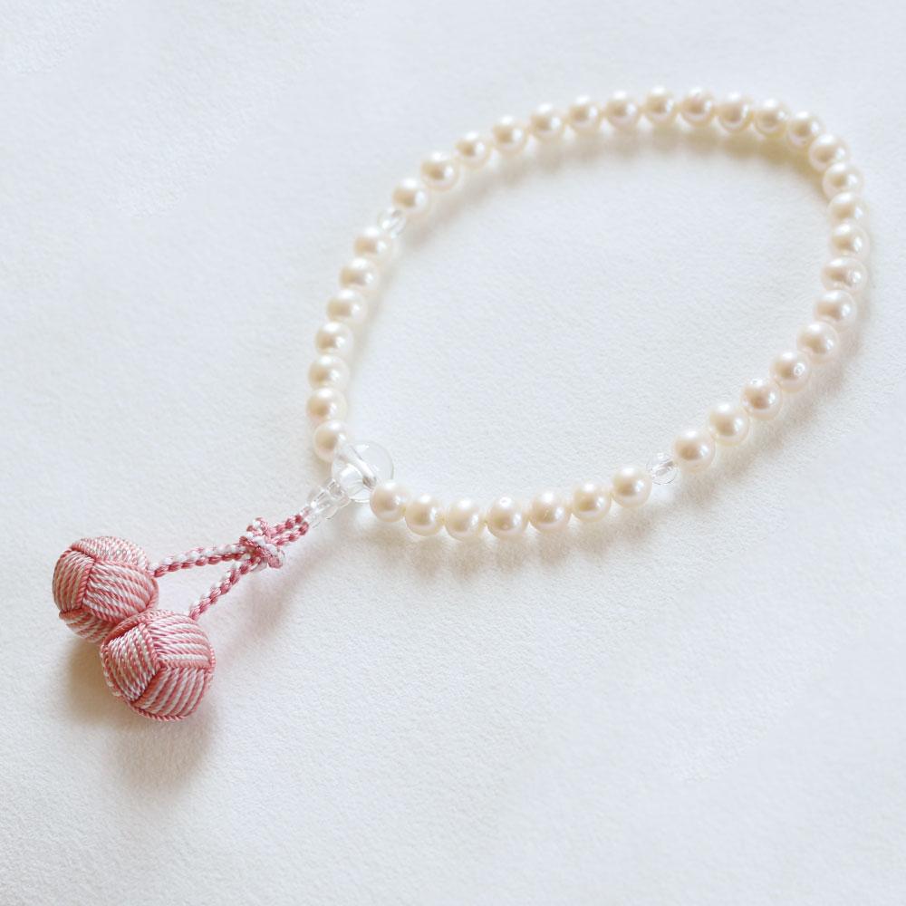 数珠 淡水真珠(白) 7mm (水晶仕立) 利久梵天 二色房/珊瑚×白