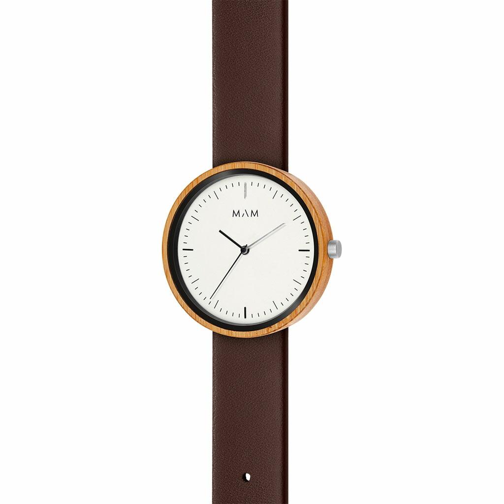 FSC認証素材を使用。木の風合いがオシャレな腕時計。