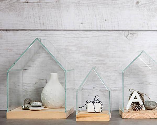 おうちの形のガラスケース