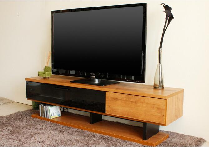 ローボードテレビ台 ネイツ 幅160cm ブラックカラーのガラスとナチュラルカラーはお部屋にも合わせやすいTVボードです。