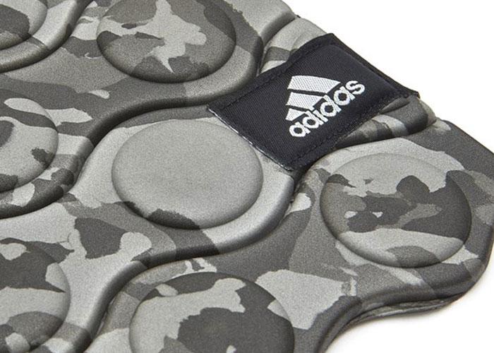 adidasアディダスのトレーニングマット Training Mat04