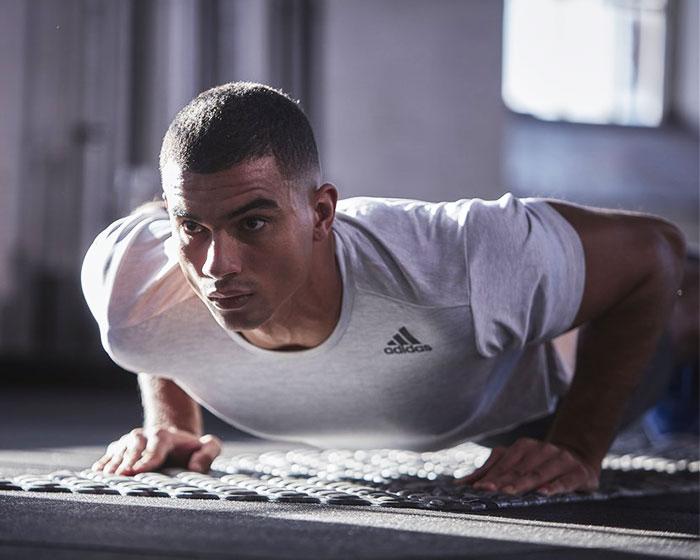 adidasアディダスのトレーニングマット Training Mat09