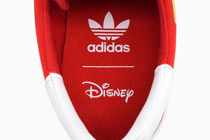 adidasアディダスのスニーカー Disney 3MC SPORT GOOFY06