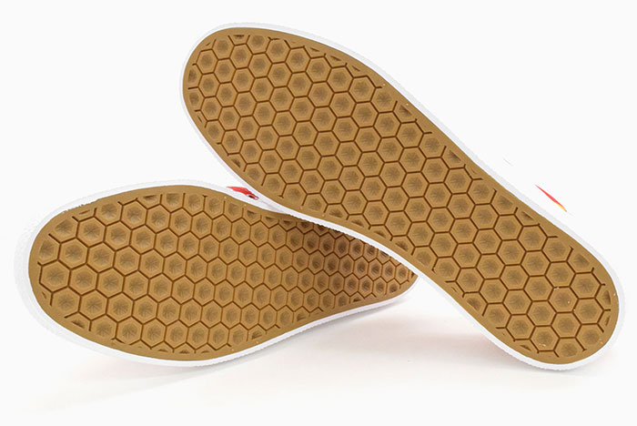 adidasアディダスのスニーカー Disney 3MC SPORT GOOFY07