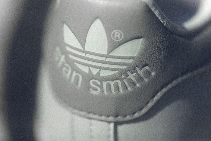 adidasアディダスのスニーカー スタンスミス07