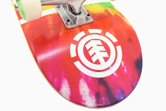 ELEMENTエレメントのスケボー Eye Trippin Rainbow04