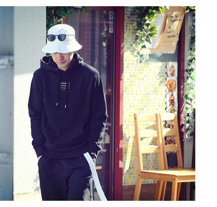 HTML ZERO3エイチティエムエル ゼロスリーのパーカー Gradient Pullover Hoodie04
