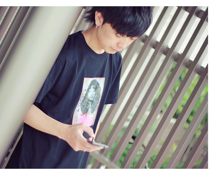 HTML ZERO3エイチティエムエル ゼロスリーのTシャツ Katherine Vogue04
