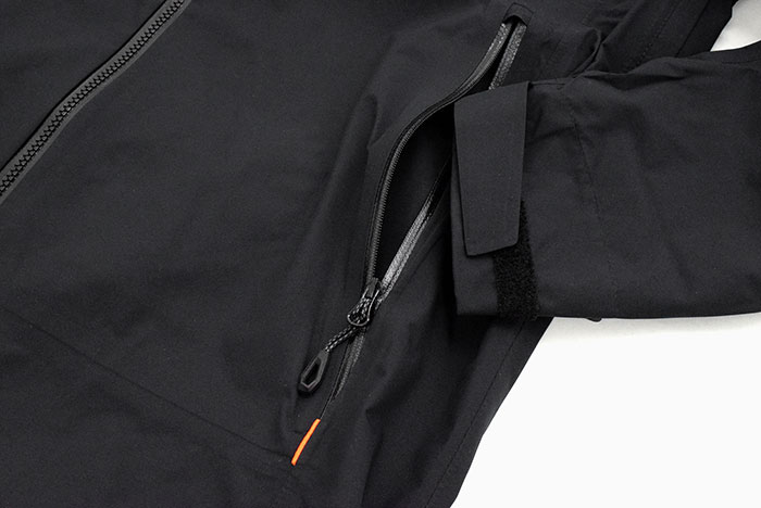 MAMMUTマムートのジャケット Convey Tour HS Hooded12