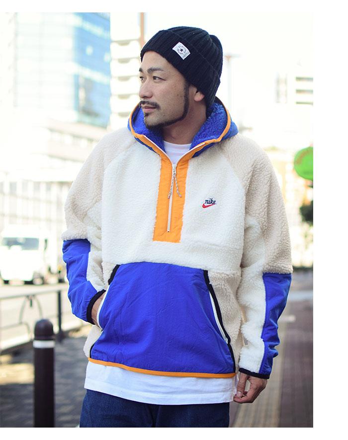 NIKEナイキのジャケット HE Winter Half Zip Hoodie02