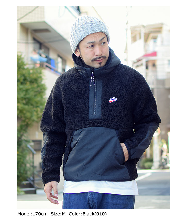 NIKEナイキのジャケット HE Winter Half Zip Hoodie03