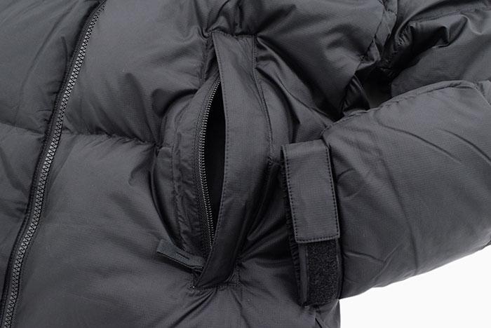 THE NORTH FACEザ ノースフェイスのジャケット Nuptse09