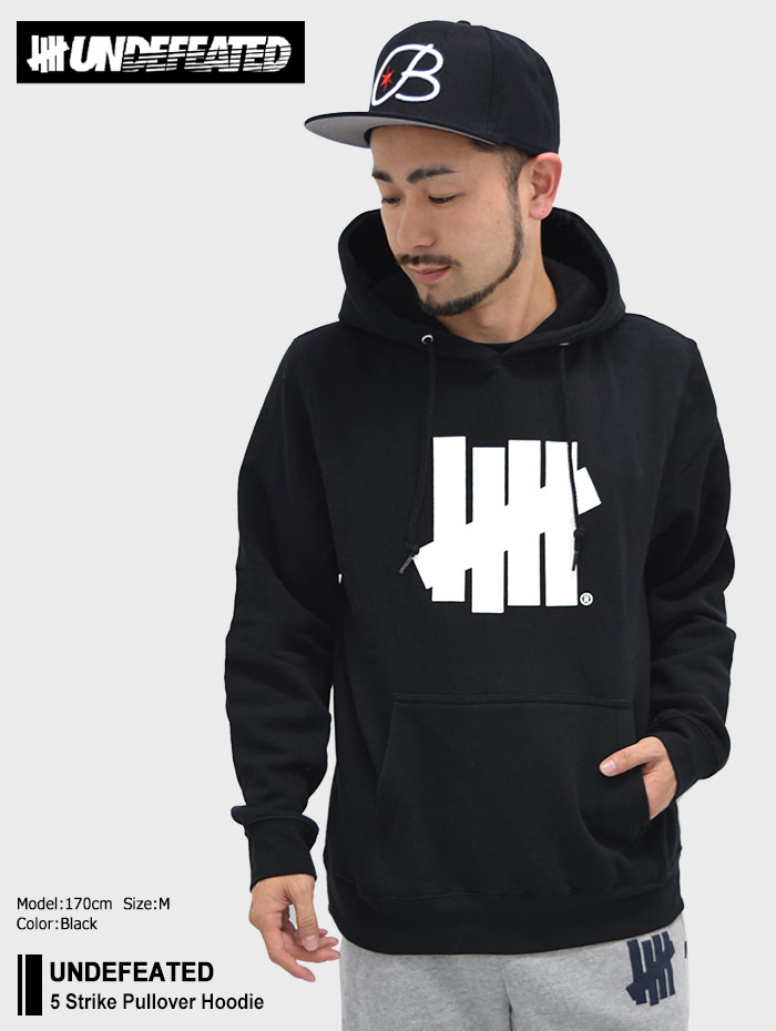UNDEFEATEDアンディフィーテッドのパーカー 5 Strike Pullover Hoodie01