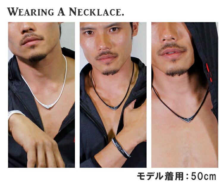 バンデル クロス ネックレス 着用イメージ