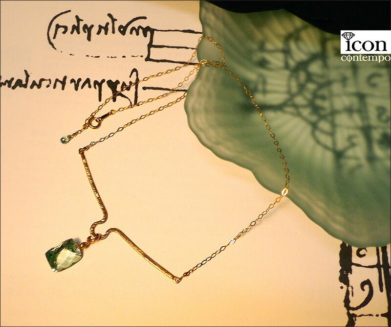 necklace01gsyg_111318r_3