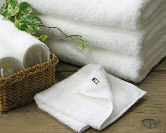 今治生まれの白いタオル