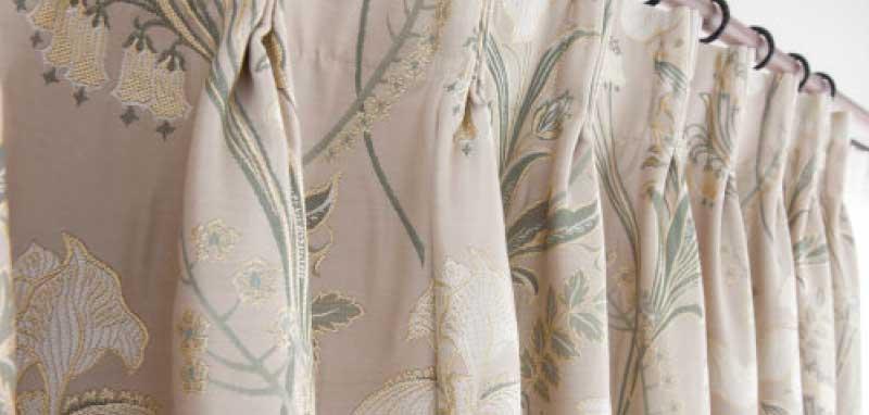 巾継ぎをしても目立たないカーテン縫製