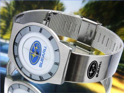 車のスバルの腕時計
