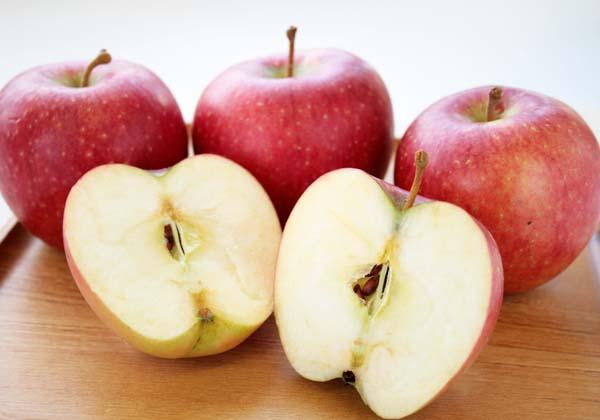岩手県産りんご・盛岡りんご(サンふじ、さんさ、シナノゴールド)の大柳果樹園