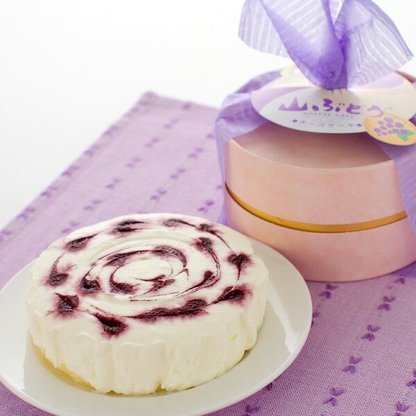 甘酸っぱくておいしいレアチーズケーキ
