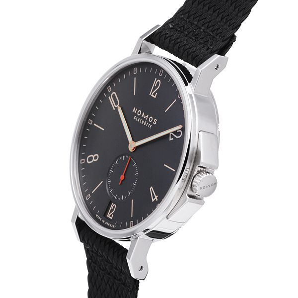 Nomos: Ahoy for the summer