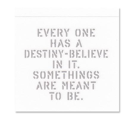 アメリカンミリタリーステンシル転写ステッカー 「運命の存在を信じよう。そうなると決められている事もあるんだよ」