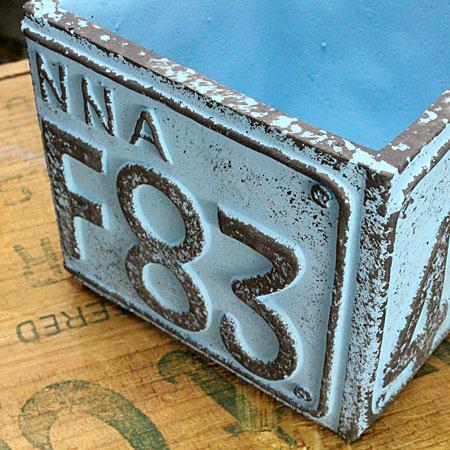 プランター(鉢) アメリカンアンティーク ナンバープレート ブルー サイズSの詳細