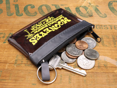 ムーンアイズ コインケース(ポーチ) MOONEYES キーリング付き スモーキーグレーの使用例