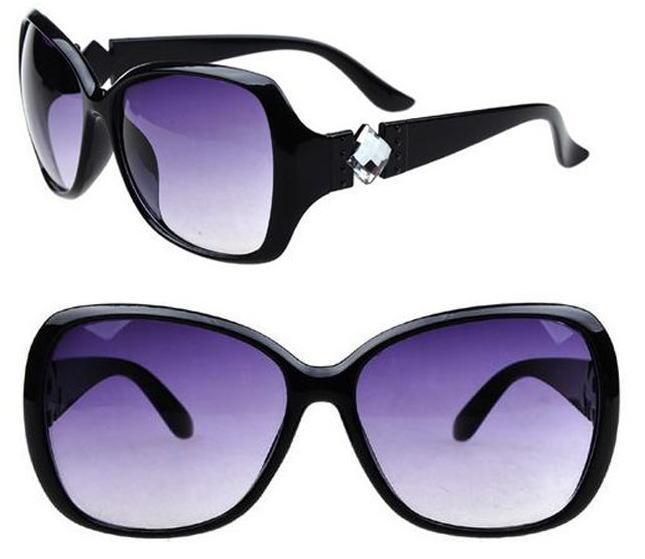 サングラス レディースデザイナーズ ファッションサングラス 偏光レンズ キャットアイ カラー:ブラック アイウエアー メガネ 今だけ!送料無料 通常納期2週間~
