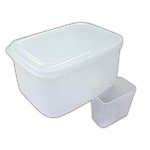 冷蔵庫に収納できる米びつ