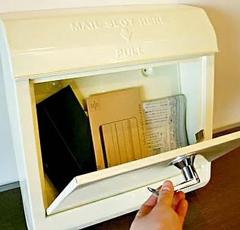 メールボックス Mail Box 大きい取り出し口