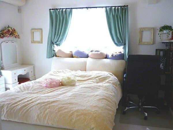 2011-1124-bedroom04.jpg