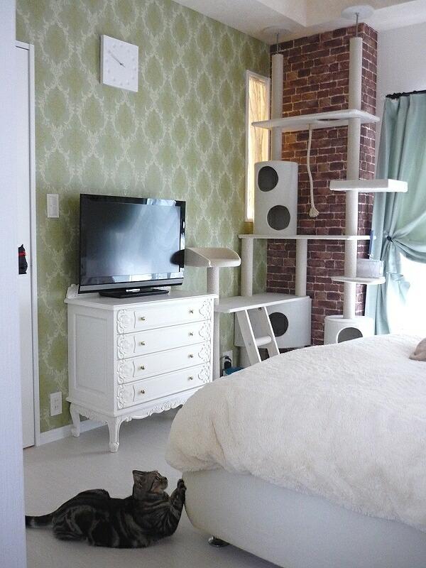 2011-1124-bedroom08.jpg