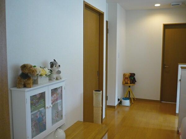 2011-1124-corridor03.jpg