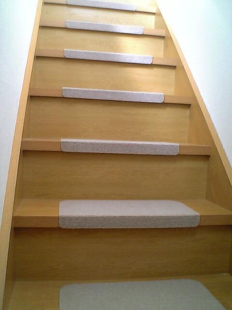 2011-1124-stair01.jpg