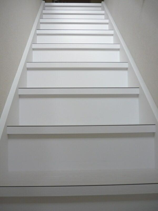 2011-1124-stair02.jpg