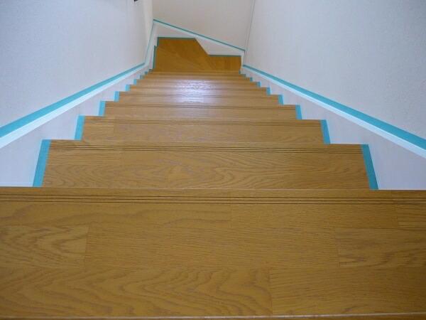 2011-1124-stair03.jpg