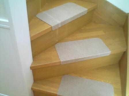 2011-1124-stair06.jpg