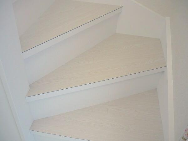 2011-1124-stair07.jpg