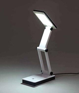LED電気スタンド・デスクスタンド・テーブルライト・スタンドライト(USB電源あるいは乾電池を使用、折り畳み、3段階調光)