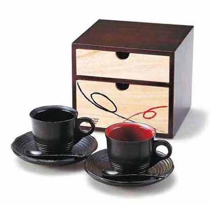 木製のコーヒーカップ・セット