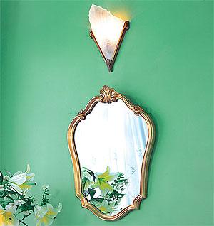 フレームミラー:「ゴールドの壁掛け鏡(ミラー)」参考写真