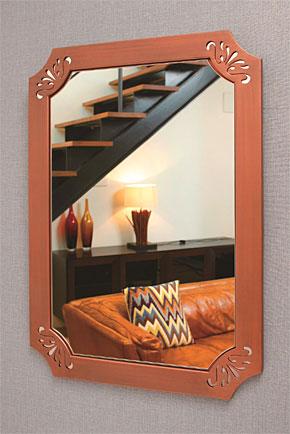 フレームミラー:「ユニークな色彩の壁掛け鏡(ミラー)」参考写真