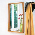 ナチュラル色の壁掛け鏡・ウォールミラー