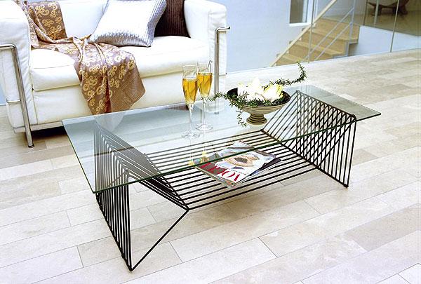 センター・テーブル、リビング・テーブル、ロー・テーブル