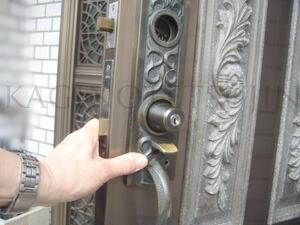 ALPHA装飾錠の取付2